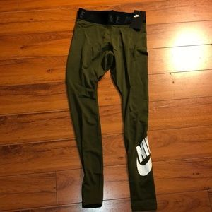 Nike brand new w/ tags Tight Fit leggings size S